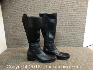 Womens Boots Size Unknown