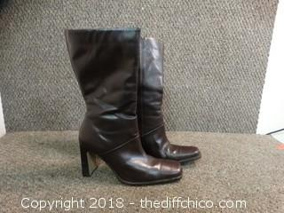 Womens Turner Boots Size 10