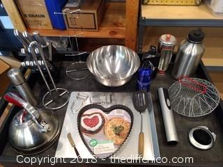 Metal Kitchen Lot