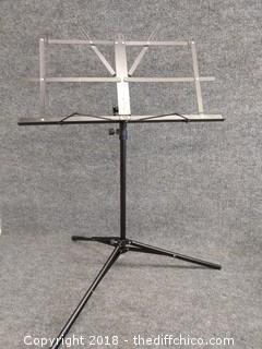 Chromacast Music Stand - Adjustable