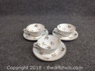 Caramique Ribes Teacups and Saucers (3)