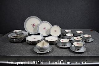 41 Pieces of Flintridge Made in CA USA Dishes