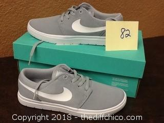 new in box kids nike shoes