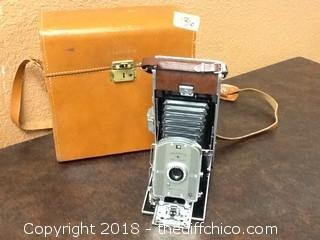 old polaroid land camera