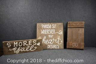 3 Rustic Signs