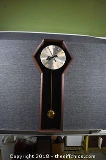 Howard Miller Wall Hanging Clock w/Key-needs work