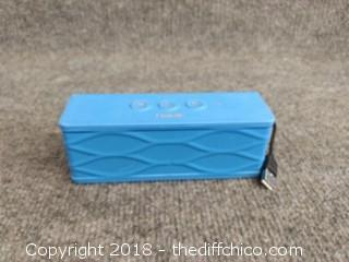 Havic Bluetooth Speaker - Powers Up