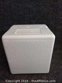 """Polar Tech 205C Thermo Chill Insulator Foam Shipper - 6"""" x 5"""" x 6.5"""" - NEW"""