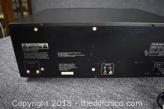 Technics 110 CD Changer-Powers Up