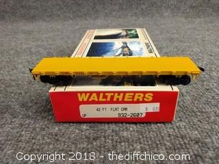 Walthers 42 ft Flat Car 932-2607 NEW IN BOX