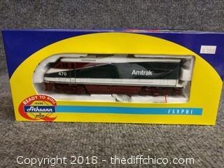 Athearn #2605 F59PHI Powered Amtrak Northern #470