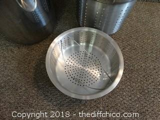 Kitchen Pots'