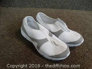 St Johns Flex Form Shoes Size 8 1/2