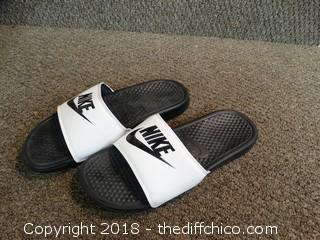 Nike Slides Size 9