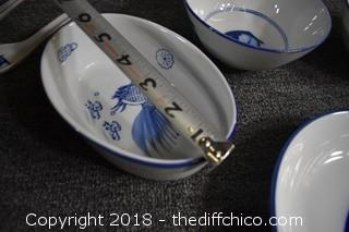 16 Pieces of Blue & White Dishes
