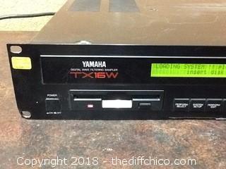vintage yamaha TX16W sampler