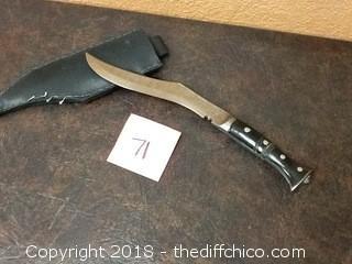 custom made kukri knife/machete