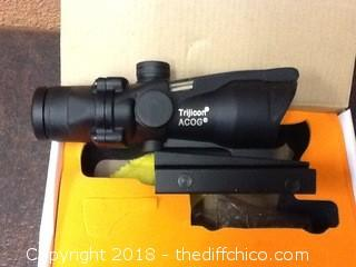 new in box ACOG opitics
