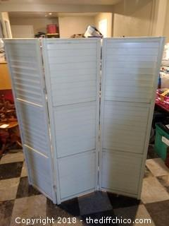 "Vintage Shutter Privacy Screen - 51"" x 58"""