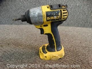 18V Dewalt Impact Driver Works (Needs Battery)
