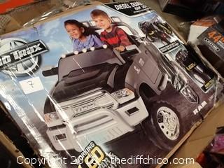 NEW Kid Trax dodge diesel ram 3500 electric ride on car