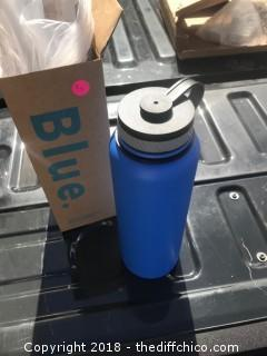 Winterials 40 ounce Insulated Water Bottle Blue R11