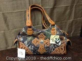 brand new Beyond Hunting purse