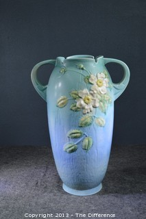 Roseville Pottery White Rose 994-18