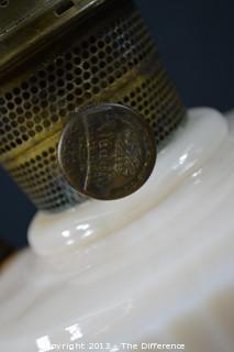 1940's Pre-War Aladdin Oil Lamp Lincoln Drape w/Aladdin Chimney