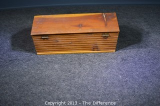 Vintage Log Cabin Wooden Cigar Box