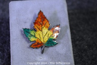 Vintage Sterling Silver & Enamel Maple Leaf Brooch/Pin