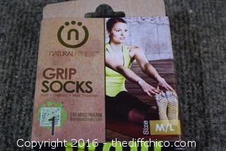 2 Pair of Grip Socks - Size M/L